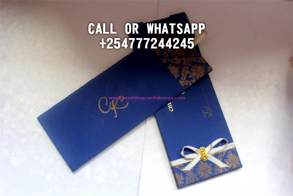 CLASSIC BOOKLET ROYAL BLUE